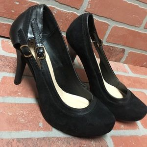 Just fab size 8 1/2 black textile heels